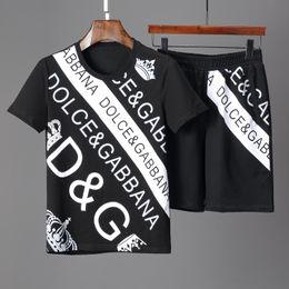 Survêtements de créateurs pour hommes Sportswear Jogging pour hommes Costumes T-shirt à manches courtes et Shorts Printemps Eté Casual Unisexe Marque Sportswear Ensembles en Solde