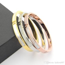 Bracelet White Rose Australia - 316L Titanium steel Love bangles Bracelets For Women Men three stones bangle Rose Gold white shell cuff Bracelet