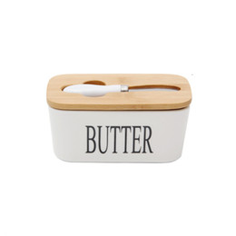 Wholesale Large Porcelain Butter Keeper with Nature Bamboo Lid and Steel Knife Airtight Ceramic Container for Kitchen Refrigerator 650ml White