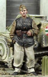 $enCountryForm.capitalKeyWord NZ - Free shipping 1 35 Resin Figures Hungarian AFV Crewman Unassembled unpainted J137