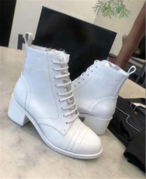 $enCountryForm.capitalKeyWord Australia - Spring Autumn women England wind short boots color matching handsome cool chunky heel lace-up Martin boots female fashion black and white