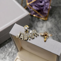 Have stamps fashion brand letter bee designer earrings for lady Design Women Party Wedding Lovers gift Jewelry for Bride with box on Sale