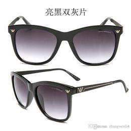 $enCountryForm.capitalKeyWord Australia - Luxury designer Sunglasses For Men Fashion Designer Sun Glass Oval Frame Coating Mirror UV400 Lens Carbon Fiber Legs Summer Style Eyewear