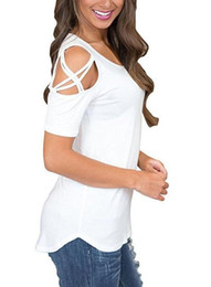 ingrosso cime spalla freddo-Donne Summer Manica Corta Strappy Shoulder Shough T Shirt Top T Shirt Donne Breve O Neck Top Tees Feminina Camiseta Trend