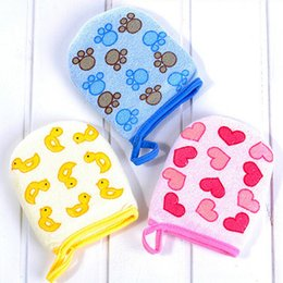 baby sponge towel bath NZ - Baby Kid Infant Cartoon Soft Bathing Bathroom Mitt Glove Foam Rub Shower Sponge Exfoliating Wash Cloth Towel 3 Colors