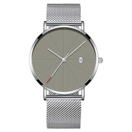 $enCountryForm.capitalKeyWord NZ - Gold Silver Strap Mens Watches Business Casual Quartz Watch Men LIine Gold Case Men's Wrist Watches Auto Date Watch Reloj Hombre