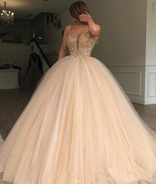 $enCountryForm.capitalKeyWord Australia - Sexy Spaghetti Straps Tubes Golden Quinceanera Dresses Ball Gowns Open V Neck Beaded Floor Length Prom Party Sweet 16 Gowns