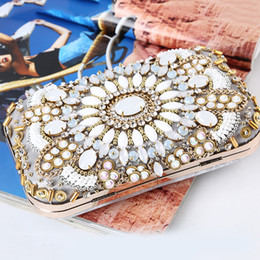 designer beaded evening bags 2021 - Crystal Ladies White Vintage Handbag Purse Evening Bags Flowers IMIDO Day Clutches Shoulder Crossbody Beaded Chains Bag Phone Snmwp