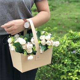 $enCountryForm.capitalKeyWord Australia - Florist Packing Gift Flower Box Handle Basket House Moving Gift Wedding Party Decoration Gifts ZC0112