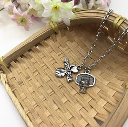 Wholesale Antique Silver I Love Basketball Necklace New Athletic Pendant Sports Athletic Necklace Basketball Gift Fashion Friendship Jewelry
