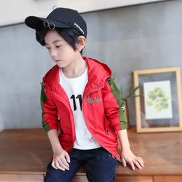 Jackets For Autumn Australia - Hot Baby Boys Clothing 2019 Autumn New Style Casual Jacket Three Color Sports Jacket Stitching Fit Trend Jacket For Boy