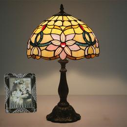 $enCountryForm.capitalKeyWord NZ - Stained Glass Vintage Table Lamp For Bedroom Lamparas De Mesa European Living Room Art Deco Chambre Lamp Luminarias De Mesa Dia30cm H49cm