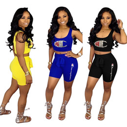 Hot bras brands online shopping - Women Champion Sparkling Piece Shorts Set Hot Drilling Crop Tank Bras Shorts Designer Diamond Dazzling Tracksuit Brand Outfits A53001