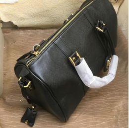 Eco wood makEup online shopping - New Classic C logo travel bag Shoulder Bags High quality Woman Tote Shopping Bag Makeup brush storage bag Wedding gift VIP Gift