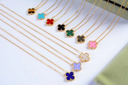 Wholesale Classic Fashion Lady 925 Silver Four Leaf Flower 18K Plated Gold Necklace With Single Motif Pendant Onyx Malachite Carnelian Mother of Pearl