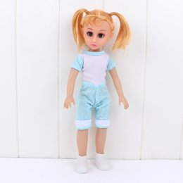 Wholesale 4D Big Eye Voice Doll For Girls Or Configure Artificial Dolls Feeding Bottle Spoon Plate Toys Direct Deal hg M1
