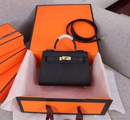 2019 marke mode luxus designer taschen umhängetasche echtes leder braun und schwarz farbe designer kartenhalter frauen luxus handtaschen im Angebot
