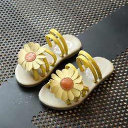 Baby Girl Cute Sandals Australia - 2019 summer children sandals new baby girl shoes Princess Girls Sandals Children cute flowers Sandals For Girls