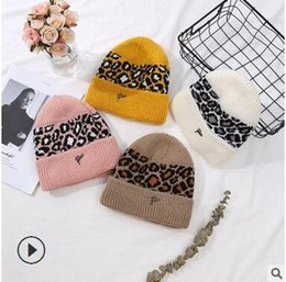 Korean cap fashion online shopping - Hat lady winter Korean edition fashion knit hat outdoor thick warm wool hat fashionable young students cap
