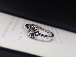 Опт Модный бренд с крестом LOGO Череп дизайнер кольца для мужчин леди Дизайн и партии женщин Обручальные Lovers подарок Luxury Hip хоп Jewelry