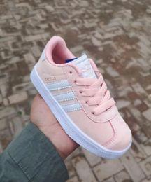 Caliente ! 2018 niños y niñas nuevos zapatos casuales Gazelle zapatos para niños 6 color tamaño 25-35
