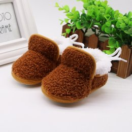 suede leather baby moccasins 2019 - Infant Newborn Baby Girls Cashmere Plush Winter Boots Bandage Warm Shoes 2019 Pu Suede Leather Newborn Baby Moccasins Sh
