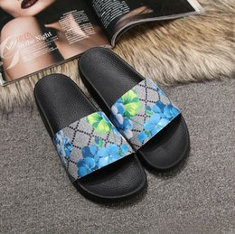 $enCountryForm.capitalKeyWord Australia - Rubber slide sandal Floral brocade men slipper Gear bottoms Flip Flops women striped Beach causal slipper US4.5-12 101