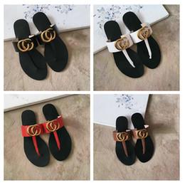 Venta al por mayor de Zapatos de diseño para mujer diseñador de diapositivas nuevos zapatos mujer 2019 para mujer sandalias de diseño sandalias superestrellas para mujer diapositivas chanclas con caja