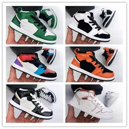 youth boys basketball shoes Australia - 2019 1 1s Kids Basketball Shoes PreSchool Signed High Youth Chicago New Born Baby Infant Toddler Trainers Small Boys Girls Sneaker