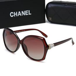 22907144ac CHANE 30007 Gafas de sol de colores redondas y verdes para hombre Nuevas  gafas de sol polarizadas Marco de metal dorado UV 400 Vintage Luxury  Eyeglasses ...