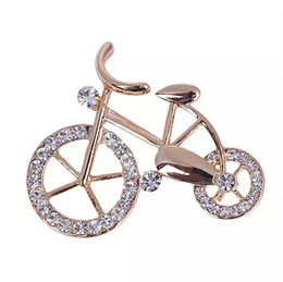 $enCountryForm.capitalKeyWord Australia - Wholesale- Hot New Beautiful Fashionable Trendy Unisex Fancy New Elegance Gold Rhinestone Crystal bike bicycle Brooch pin for jewelry gift