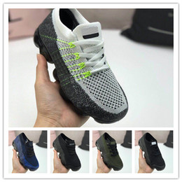 Wholesale 2018 luxury designer kids Cushion Running Shoes Children boy girls youth tn Triple White Infant toddler Walking Sports Athletic Sneakers