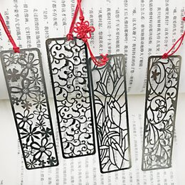 $enCountryForm.capitalKeyWord Australia - 4pcs lot Chinese Classical Style Metal Bookmark Merlin Bamboo Chrysanthemum Plum Orchid Vintage Book Marks