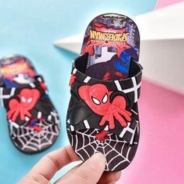 Toptan satış Çocuklar için Örümcek Adam Çocuk Terlik Moda Karşıtı Skid Rahat Boy Terlik Yaz Karikatür Banyo Terlik
