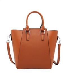 $enCountryForm.capitalKeyWord Canada - Europe 2019 luxury s women bags handbag Famous designer handbags Ladies handbag Fashion tote bag women's shop bags backpack 23