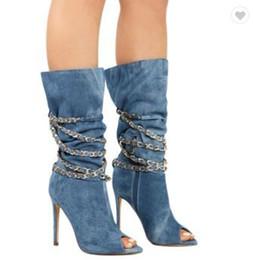 8287a0f64 2018 nuevas botas de moda cadena de tacón de aguja azul botas de mezclilla  jeans peep toes tacones altos botas de invierno zapatos de mujer medias  botas de ...