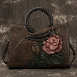 Discount handmade leather messenger bags 2019 New Luxury Women Genuine Leather Handbags Ladies Retro Elegant Shoulder Messenger Bag Cow Leather Handmade Womans B