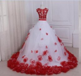 Heart Shape Flowers Australia - Heart-shaped collar bride wedding dress white red decoration handmade Ball Gown Wedding Dresses lace flower novelty custom made