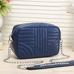 Hand Bags Pleated NZ - New Vogue Women Hand Bags Luxury Famous Paa Brand Crossbody Messenger Chain Bags Good Quality Pu Leather Famous Fashion Ladies Purses