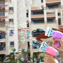 $enCountryForm.capitalKeyWord Australia - Summer Funny Magic Bubble Blower Machine Electric Automatic Bubble Maker with Mini Fan Kids Outdoor Toys Wedding Supplies