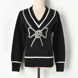 string computers UK - Winter 2019 New Black-and-White Colour String Butterfly Knot V-neck Long Sleeve Knitted Sweater Sleeve Female F92709