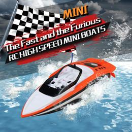 $enCountryForm.capitalKeyWord Australia - wholesale flytec Remote Control Boat RC 4CH 2.4G Racing Waterproof Remote Outdoor Bait Boat Toys RC Ship Speedboat RC Toys z0116.