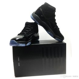 $enCountryForm.capitalKeyWord UK - (with box) 2018 new color Basketball Shoes Prom Night Cap and Gown black out for Men Women 11 Athletic Sport Sneakers size 7-13