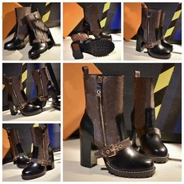 $enCountryForm.capitalKeyWord NZ - Fashion Designer Women Boots Best Quality Star Trail Lace-up Ankle Boots With heavy-duty soles leisure lady boots By bag07 LX2314