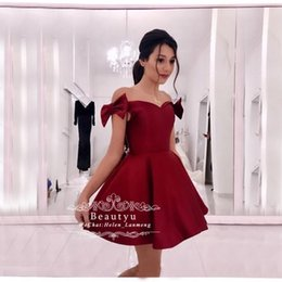 $enCountryForm.capitalKeyWord Australia - Cute Short Burgundy Prom Dresses 2019 Cheap A Line Off The Shoulder Bow Satin Boat Neck Girls Homecoming Party Dress Custom Made Cheap