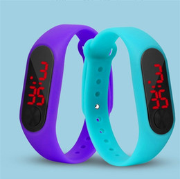 Wholesale Fashion LED watch boys girls kids children students sport digital watch new mens womens silicone Running watches