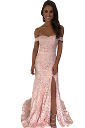 $enCountryForm.capitalKeyWord UK - Romantic Blush Evening Gowns Long Off the shoulder Lace Bodice Splits 2019 Prom Formal Dresses Bridesmaids Evening Wear Party Dress Cheap