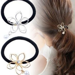 Wholesale Bridal Exquisite Simple Beautiful Wild Hollow Five leaf Flower Rhinestone Pearl Pendant Hair Rope Hair Ring Headband Ladies