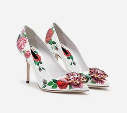 Crystal Diamond Fabrics Australia - New Spring casual women shoes Flower Print Slip on Bridal Pumps Diamond Embellished Toe Thin High Heels Crystal Party Dress Shoes
