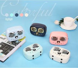 cute phone speaker UK - HiFi Retro Wireless Bluetooth Speakers Radio HM12 New Retro Cute Mini Bass With TF Card Interface Bluetooth V4.2 Speaker Innovative Gift
